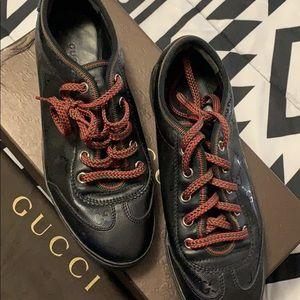 Women's Gucci sneakers